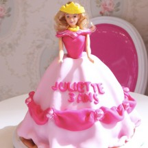Gateau Princesse Belle - Rose