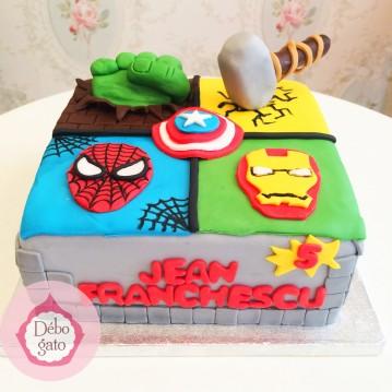 Gâteau Avengers