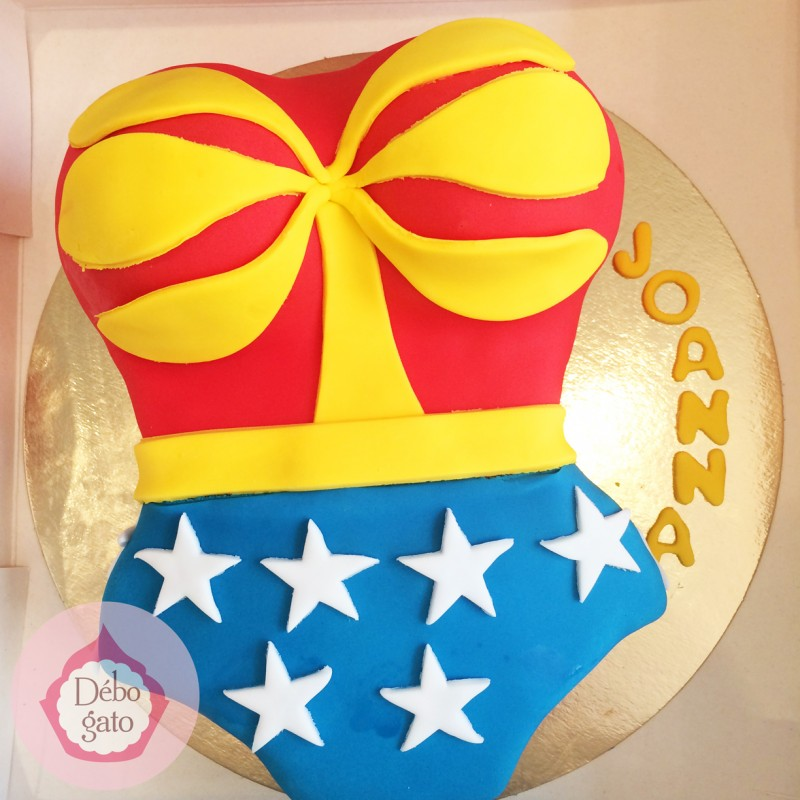 Gâteau Wonderwoman; Gâteau Wonderwoman