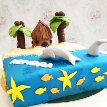 Gâteau plage et dauphins