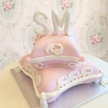 Gâteau fiançailles coussins