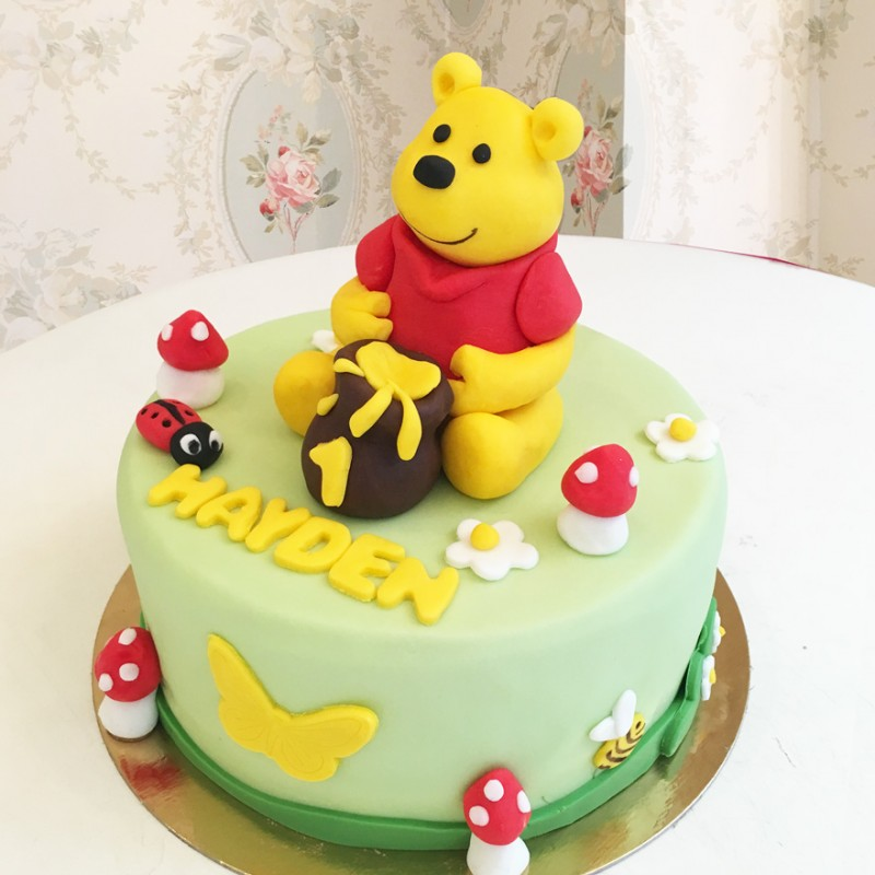 Gâteau Winnie et son pot de miel , Debogato Paris