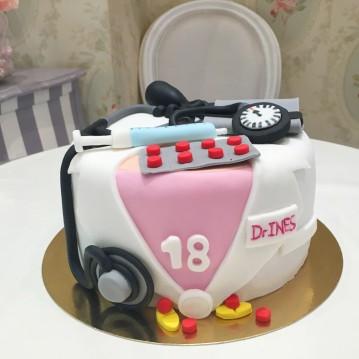 Gâteau Médecine 2