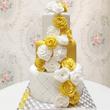 Gâteau Guirlande de Roses 2