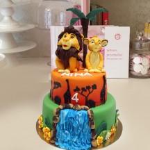 Gâteau Le Roi Lion Mufasa et Simba sculptures