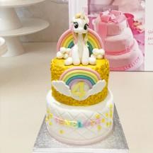 Gâteau Licorne Dorée et Arc-en ciel