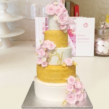 Gâteau Wedding Cake Rose et Or