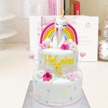 Gâteau Licorne et roses sculptées