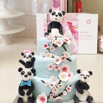 Gâteau Panda et cerisiers en fleurs