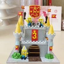 Gâteau Chateau Fort Minions
