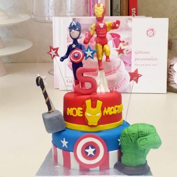 Gâteau Iron Man et Captain America