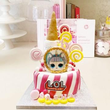 Gâteau Poupee LOL