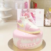 Gâteau Sneackers Rose