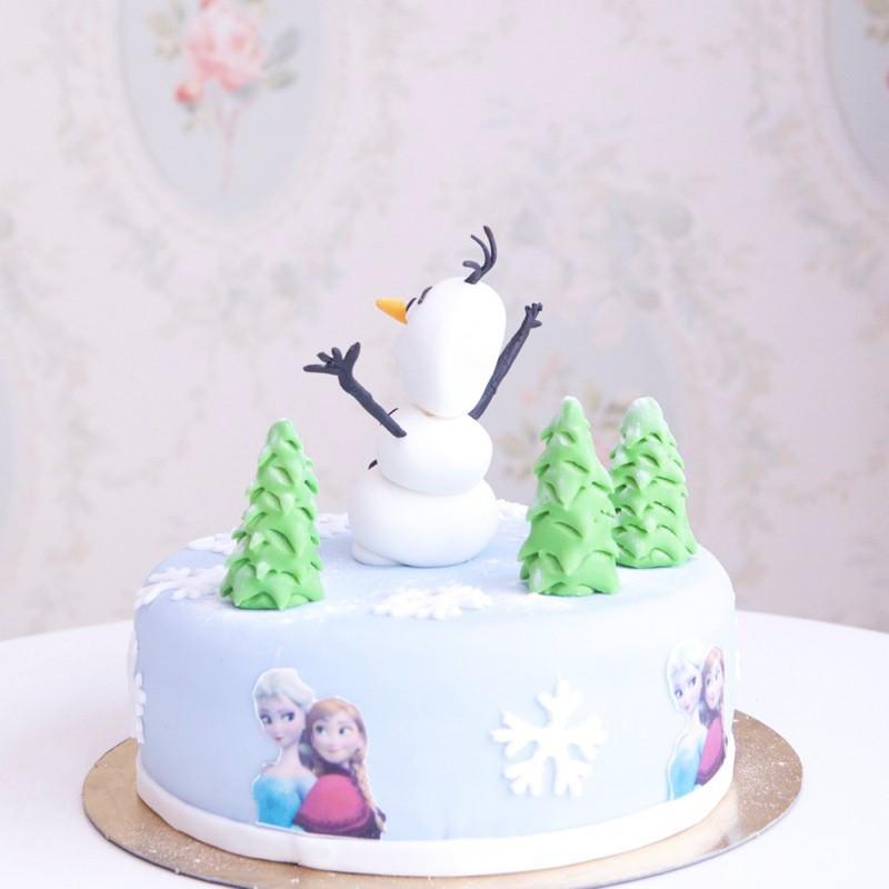 G teau reine des neiges olaf et sapins debogato paris - Gateau de reine des neiges ...